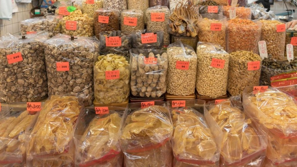 cheap food to buy when you're broke - buy food in bulk from wholesale clubs