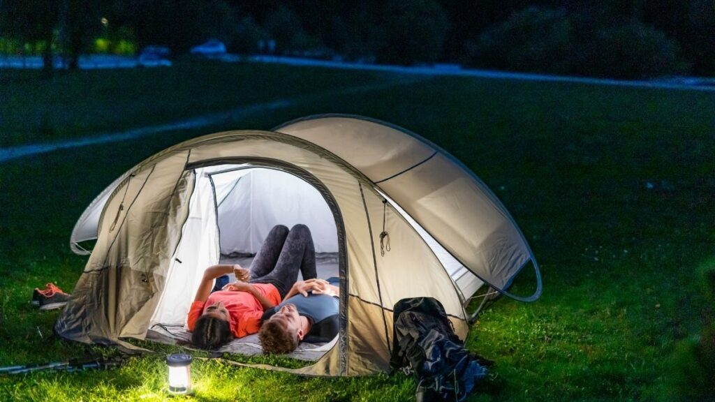 couple star gazing - cheap date night ideas at home